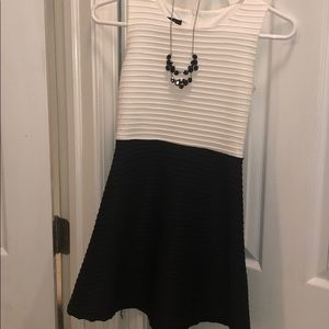 Any Byer Black and White Dress Comes w/ Necklace